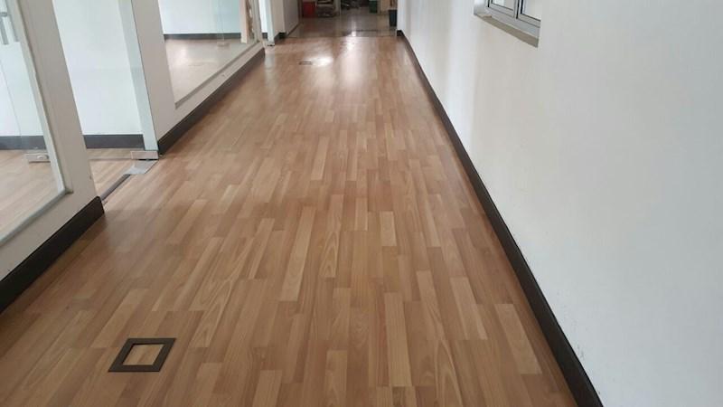 Ma Core Heavy Duty Premium Laminate Floor 8mm Swedish Oak