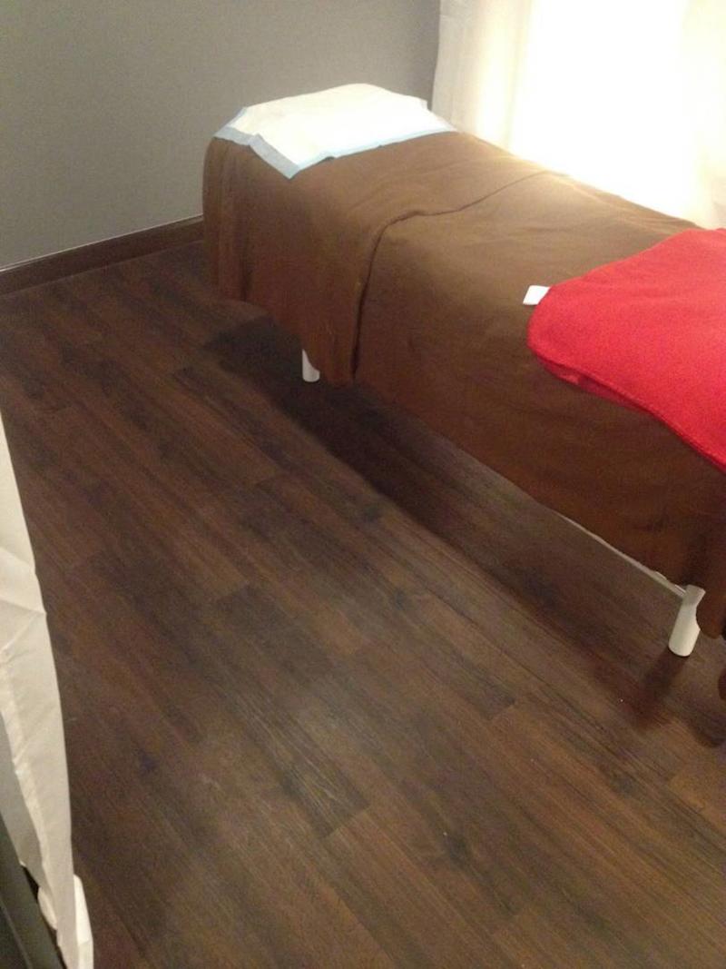 Maxx Core Vinyl Plank Flooring Tiles 3mm PERFECT MAHOGANY MC 3326